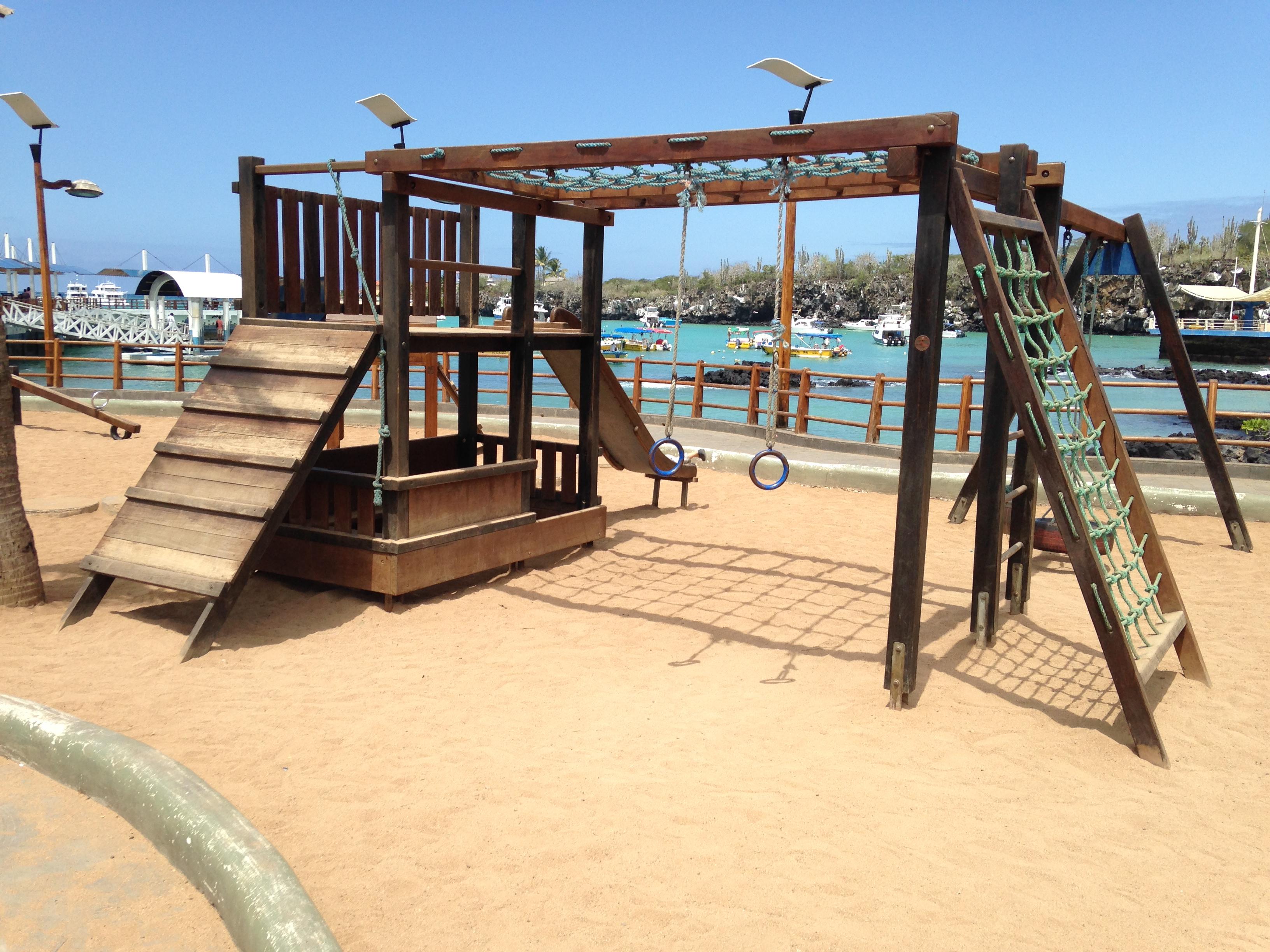 Outdoor Playground Equipment Made Of Wood Tired Road Warrior