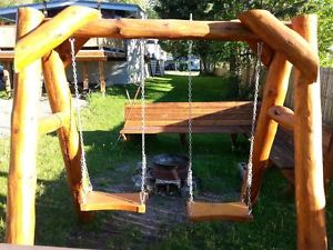 This Rustic Swing Set is Visually Appealing