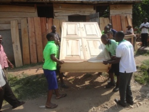 Moving the KAAYGO-made Cabinet to a Local Primary School